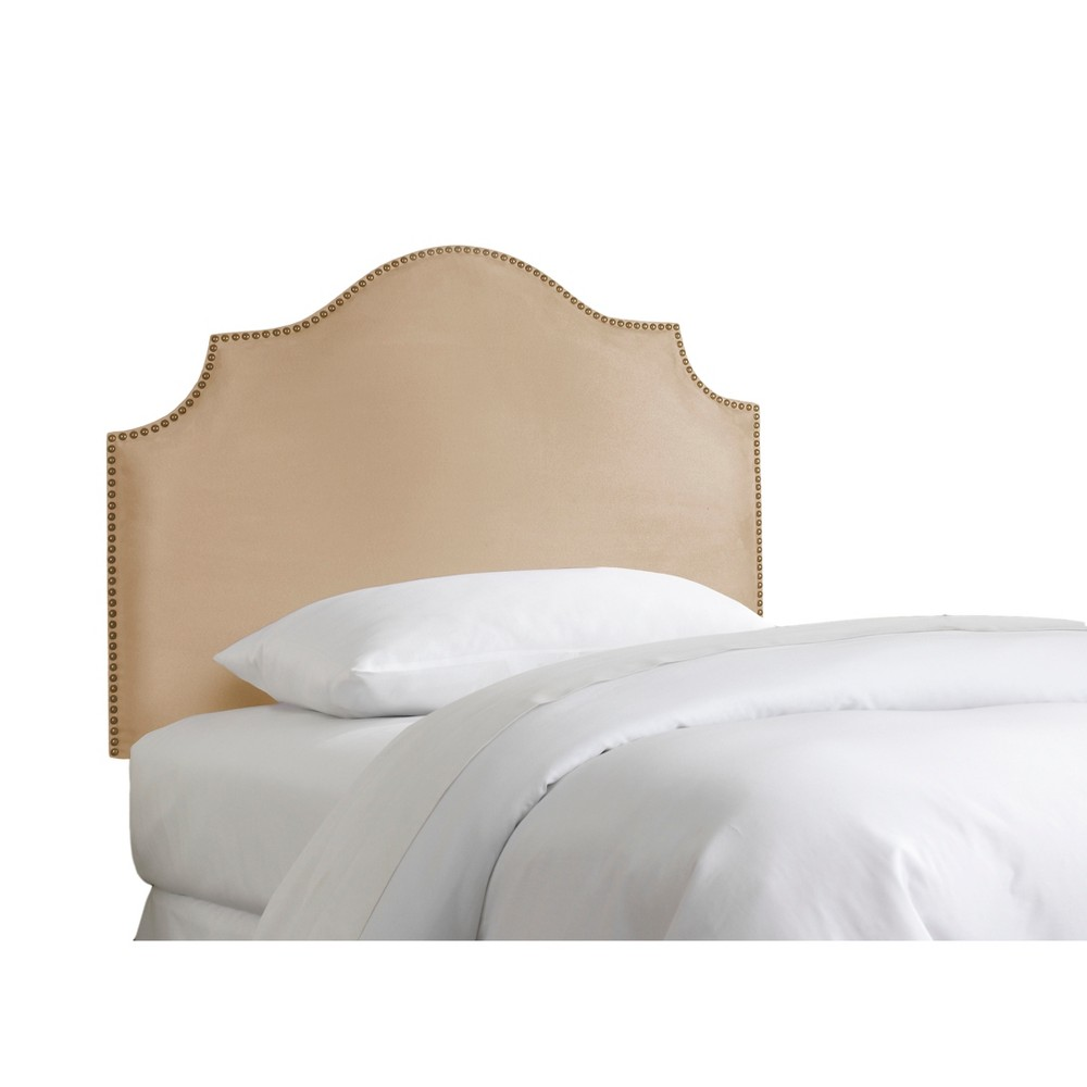 Queen Kids' Nail Button Notched Headboard Premier Oatmeal with Brass Nail Buttons - Skyline Furniture
