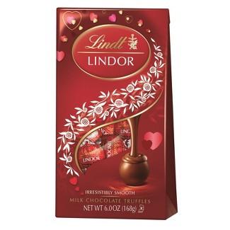 Lindor Valentines Day Milk Chocolates Truffles - 6oz