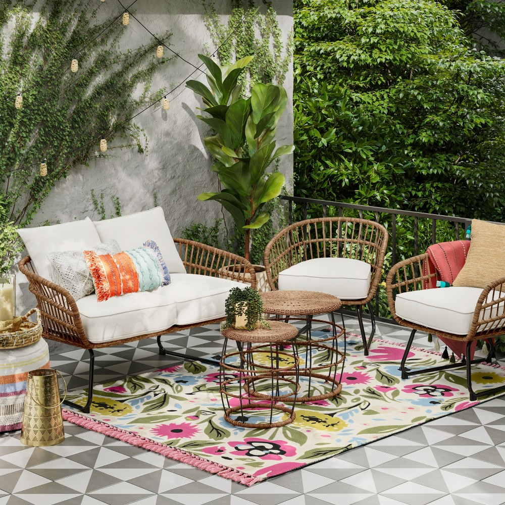 Cool Chic Outdoor Furniture In Time For Spring A Play On Chic Spiritservingveterans Wood Chair Design Ideas Spiritservingveteransorg