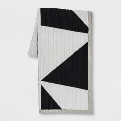 Black & White Quilted Geo Jersey Throw - Room Essentials™