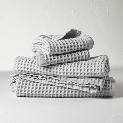 4pc Decorative Waffle Bath Towel Set Light Gray - Casaluna™