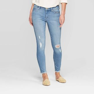 Women's Mid-Rise Distressed Skinny Jeans - Universal Thread™ Light Wash 16