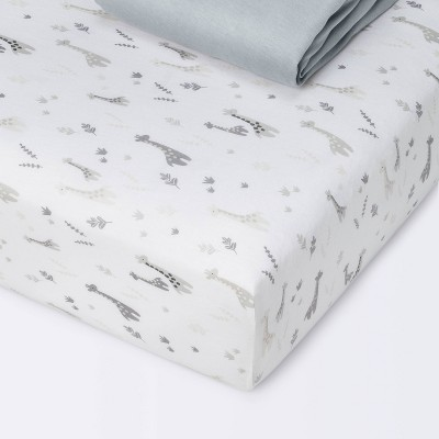 Fitted Crib Sheet Jersey Sheet - Cloud Island™ Giraffes/Dark Gray 2pk