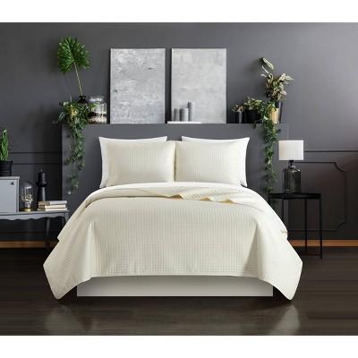 Nika Quilt Set - Chic Home Design