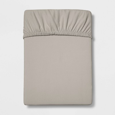Queen 300 Thread Count Ultra Soft Fitted Sheet Radiant Gray - Threshold™