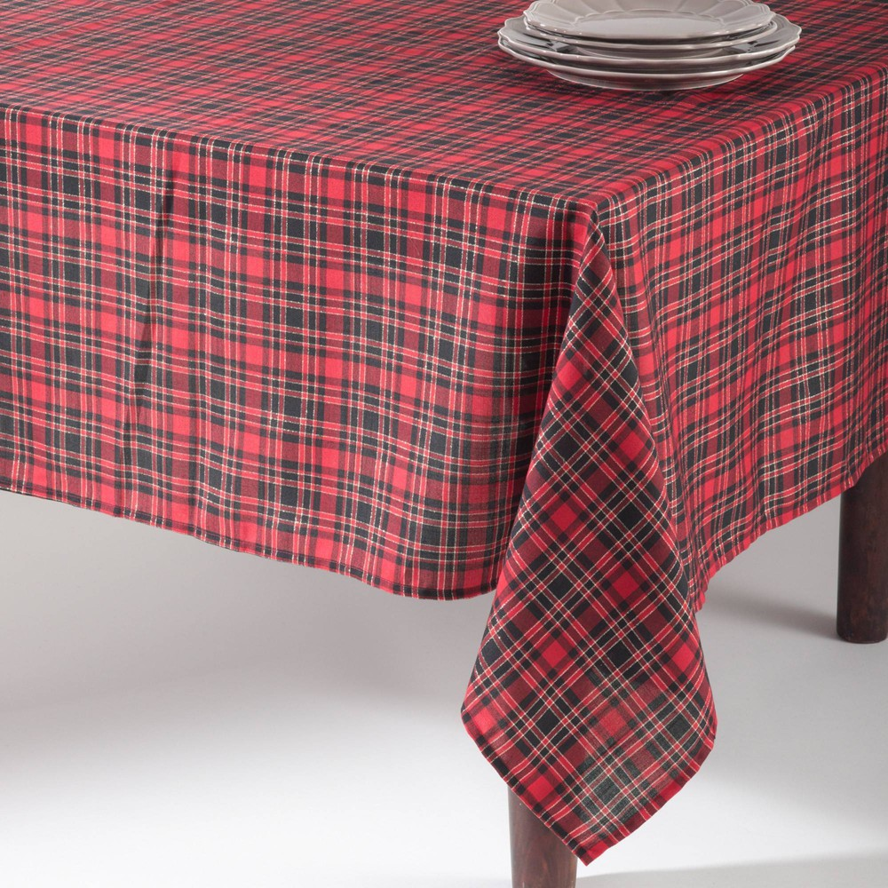 "65"" X 140"" Plaid Design Tablecloth Red Saro Lifestyle"
