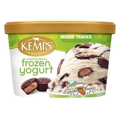 Kemps Moose Tracks Frozen Yogurt - 48oz