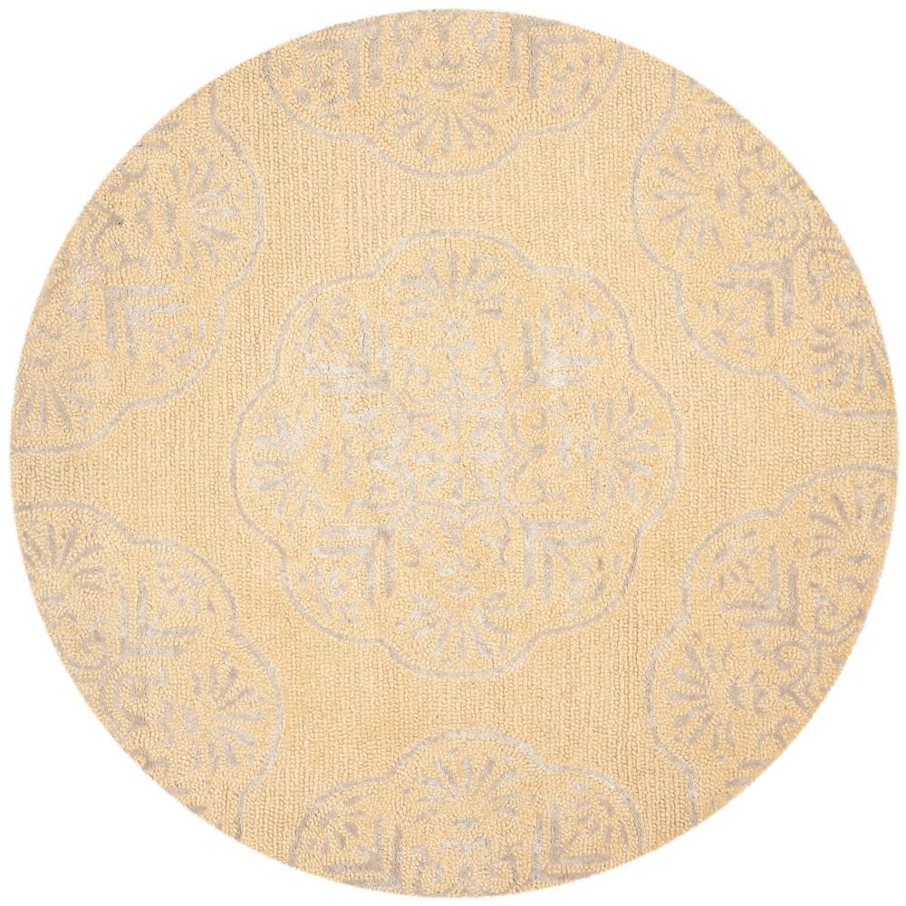 5' Medallion Round Area Rug Beige/Silver - Safavieh