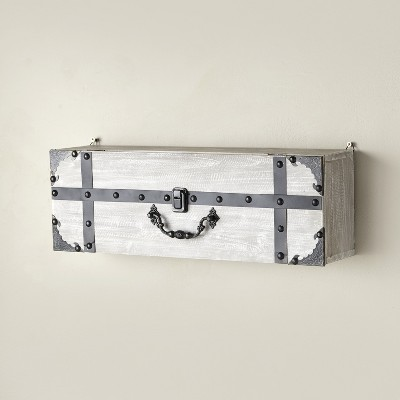 Lakeside Suitcase Wall Shelf with Distressed Look, Decorative Door Handle