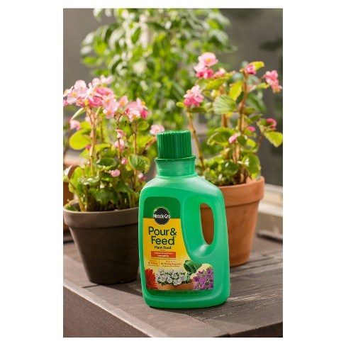 Miracle Gro Pour Feed Liquid Plant Food 32oz Read Target