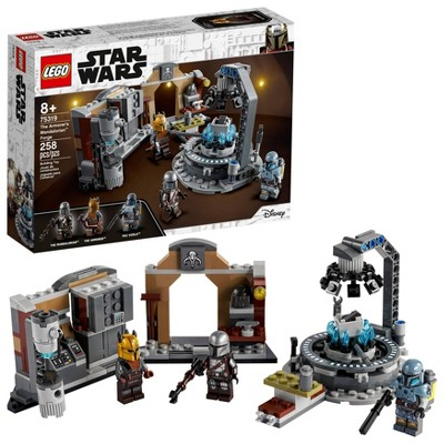 LEGO Star Wars The Armorer's Mandalorian Forge 75319 Building Kit