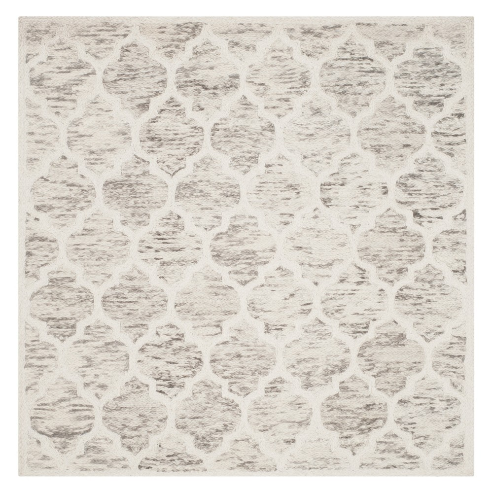 6'X6' Quatrefoil Design Loomed Square Area Rug Gray/Ivory - Safavieh
