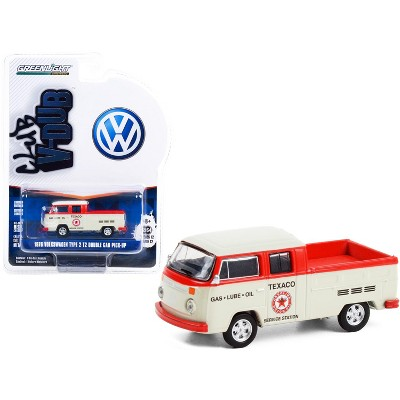 "1976 Volkswagen T2 Type 2 Double Cab Pickup Truck ""Texaco Service"" Cream & Red ""Club Vee V-Dub"" 1/64 Diecast Model by Greenlight"