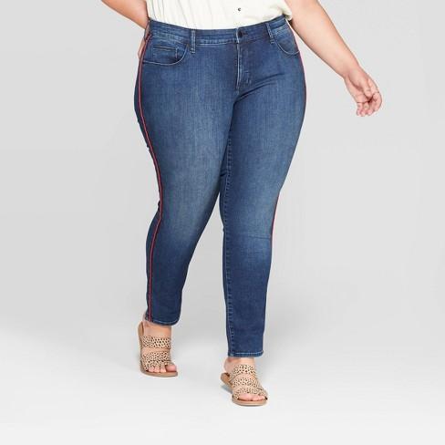 Women's Plus Size Mid-Rise Cropped Jeggings - Universal Thread™ Indigo - image 1 of 3