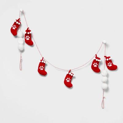 6ft Mini Stocking Paw Print Garland Red/White - Wondershop™