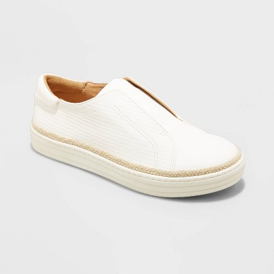 Women's Kalliope Sneakers - Universal Thread™