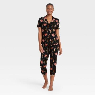 Women's Floral Print Beautifully Soft Notch Collar Cropped Pajama Set - Stars Above™ Black