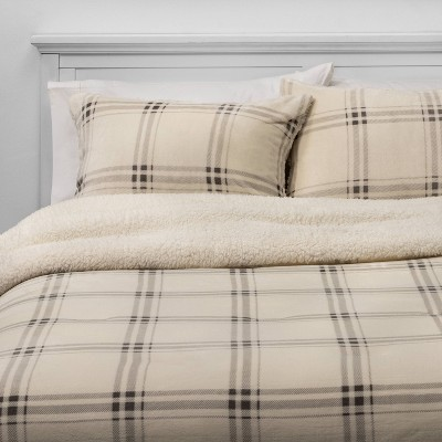 Full/Queen Multi Plaid Plush & Sherpa Comforter & Sham Set Cream