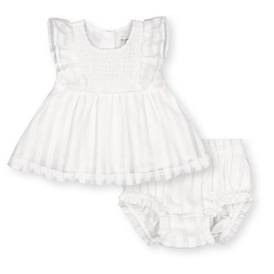 Hope & Henry Layette Baby Girl Woven Swing Top and Ruffle Bloomer 2-Piece Set, Infant