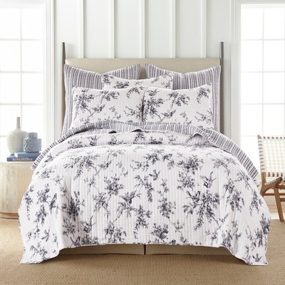 Avellino Grey Quilt and Pillow Sham Set - Levtex Home