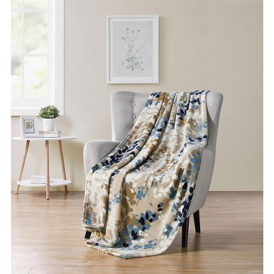Kate Aurora Modern Floral Ultra Soft & Plush Throw Blanket Cover