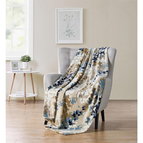 Kate Aurora Modern Floral Ultra Soft & Plush Throw Blanket Cover - image 1 of 1