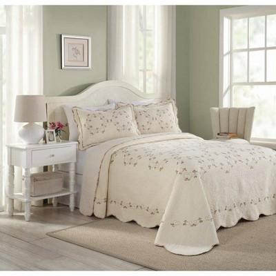 Modern Heirloom Felisa Bedspread Pink/Ivory