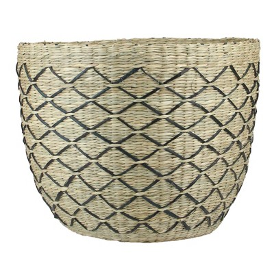 """Northlight 12"""" Natural Brown and Black Woven Lattice Seagrass Basket"""