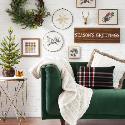 Holiday Living Room Wall Decor & Furniture Collection