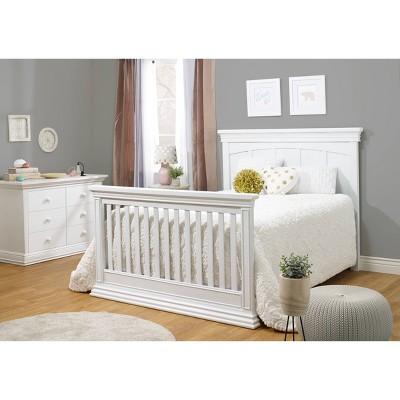 Sorelle Modesto 4-in-1 Standard Full-Sized Crib White