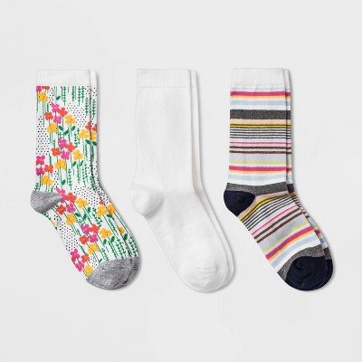 Women's Floral 3pk Crew Socks - A New Day™ White 4-10