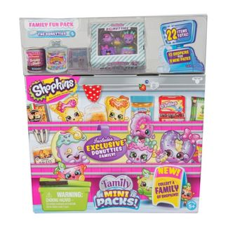 Shopkins Season 11 Mega Pack - Characters May Vary