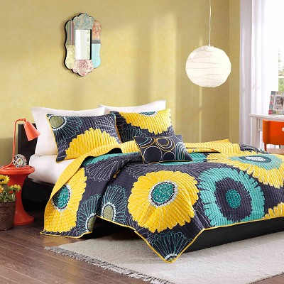 Loretta Quilted Coverlet Set