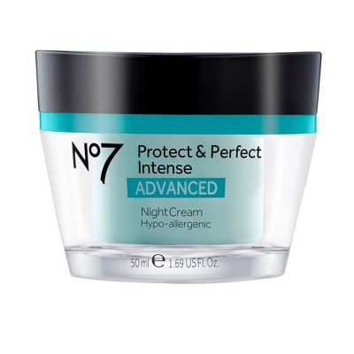 Facial Moisturizer: No7 Protect & Perfect Intense Advanced Night Cream