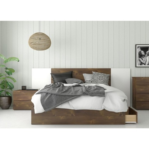 Queen 4pc Rubicon Platform Bed Set Truffle/White - Nexera