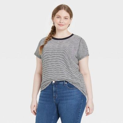 Women's Short Sleeve T-Shirt - Universal Thread™ Striped