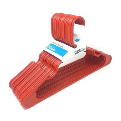 18pk Plastic Hanger Red - Room Essentials™