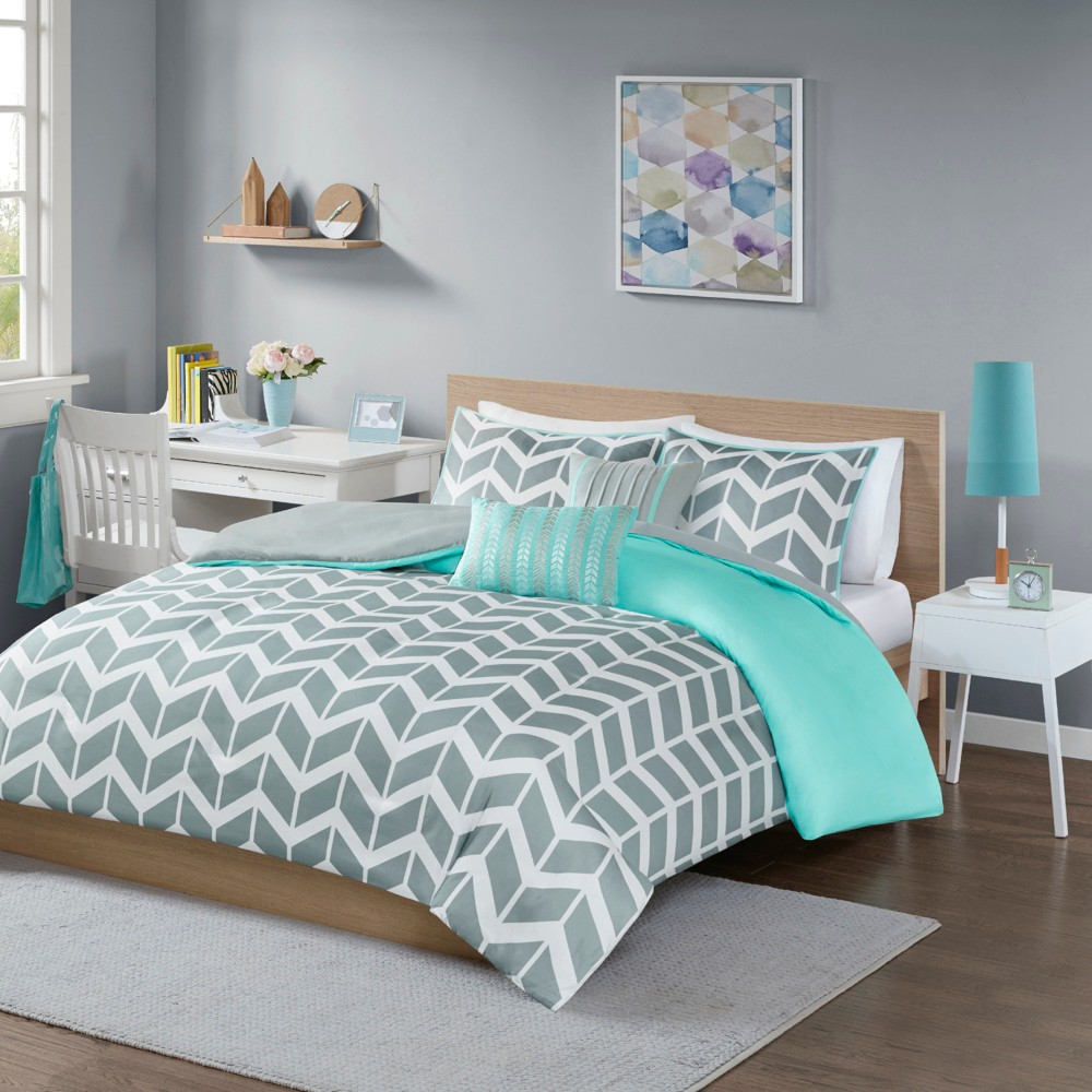 Teal (Blue) Chevron Darcy Duvet Cover Set (Full/Queen) - 5pc