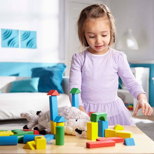 Melissa & Doug Wooden Building Block Set - 200 Blocks in 4 Colors and 9 Shapes image number null