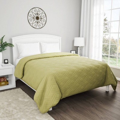 Solid Color Bed Quilt - Yorkshire Home