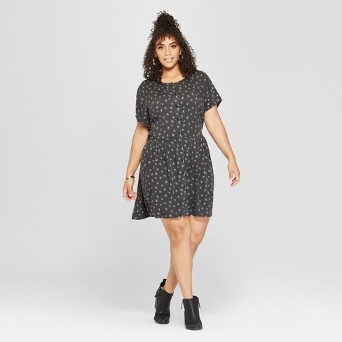Junk Food Womens Plus Size Acdc Short Sleeve Empire Dress Black