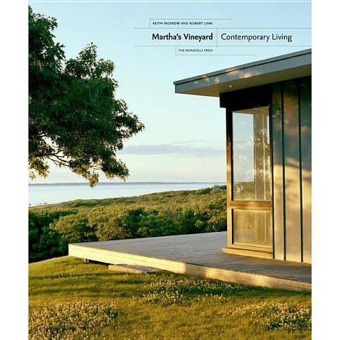 Martha's Vineyard - by  Keith Moskow & Robert Linn (Hardcover) - image 1 of 1