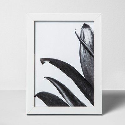 Thin Single Picture Frame White 5 x7  - Made By Design™