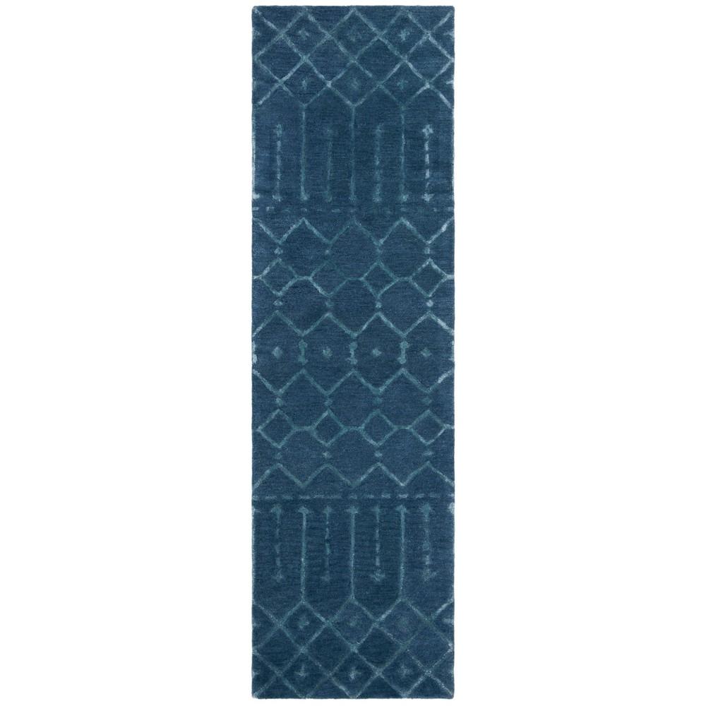 2'2X8' Tribal Design Tufted Runner Navy/Silver (Blue/Silver) - Safavieh