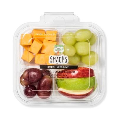 Fresh Garden Highway Fruit & Cheese Snacker - 8oz