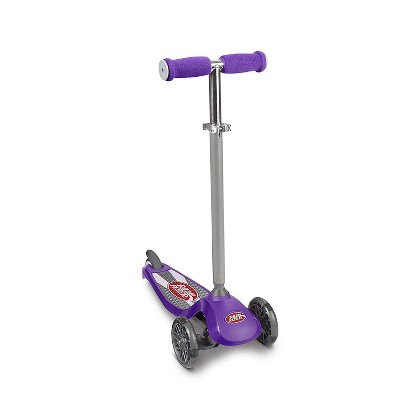 Radio Flyer 549BZ Lean 'N Glide Kids 3-Wheel Scooter w/ Light Up Wheels, Purple