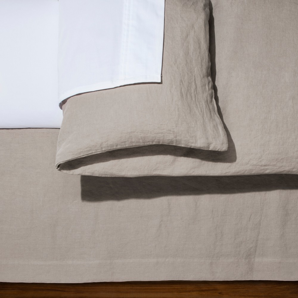 Image of Afternoon Tea Linen Bed Skirt (King) - Fieldcrest