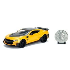 Jada Toys Hollywood Rides Transformers The Last Knight BumbleBee 2016 Chevy Camaro Die-Cast Vehicle with Die-Cast Coin 1:24 Scale Glossy Yellow