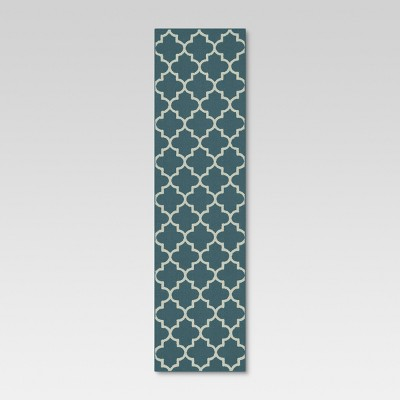 1'10 x7' Quatrefoil Design Runner Blue - Threshold™