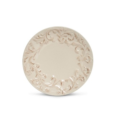 GG Collection Cream Ceramic Dinner Plates Embossed with Acanthus Leaf Pattern (Set of 4)